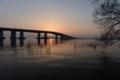 「一瞬の光景」      琵琶湖大橋