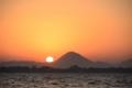 琵琶湖の夜明け  (三上山から)