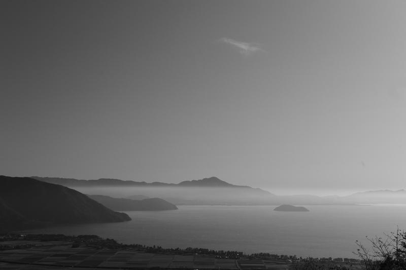 早朝の光景 琵琶湖の湖北