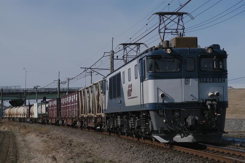 滑河-下総神崎_71レ_EF64-1042号機(愛知)+コキ牽引