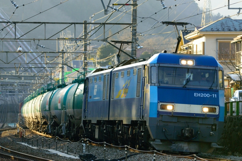 四方津-上野原_82レ_EH200-11号機(高崎)+タキ12B+コキ4B