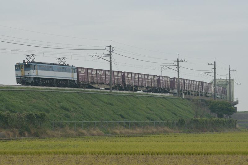 香取-十二橋_1094レ_EF65PF-2127号機(新鶴見)+コキ15B