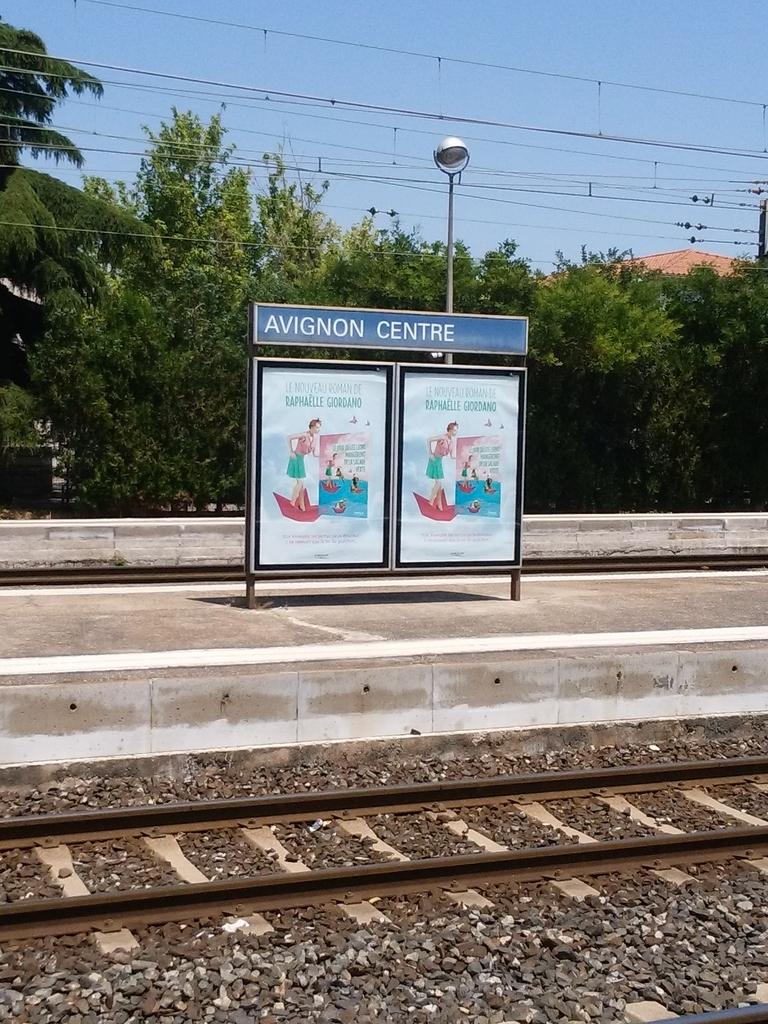 アヴィニョン中央駅 Avignon centre