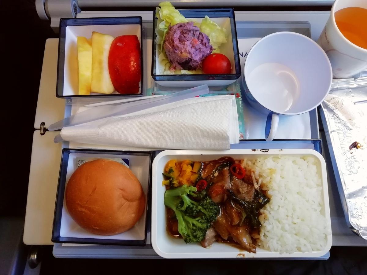 帰途もチャイナエアライン。機内食は美味。