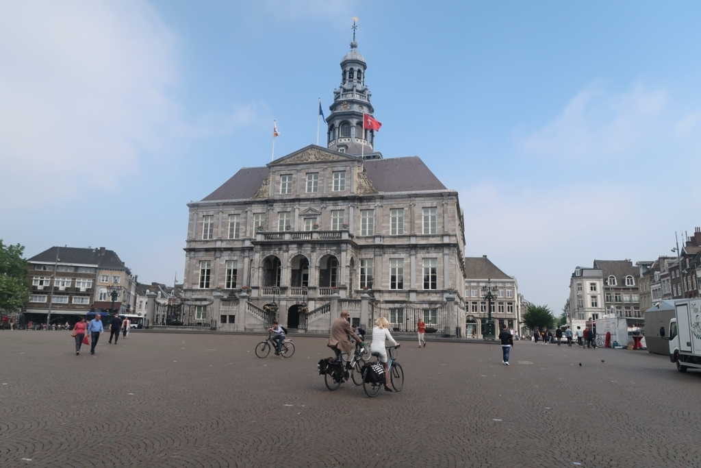 f:id:shinchan-netherlands-belgium:20180517031355j:plain