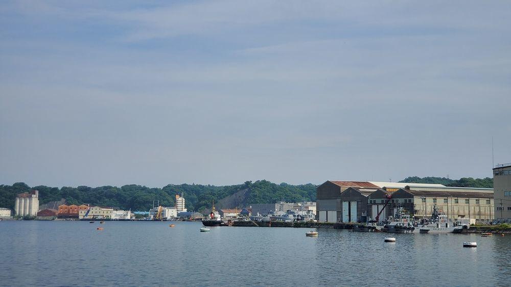 長浦港と倉庫群