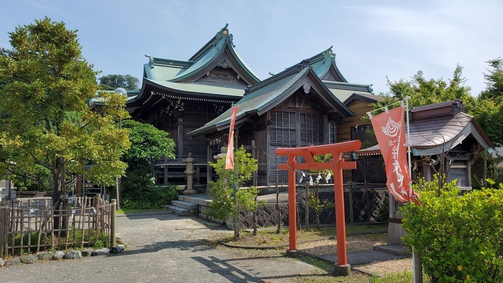 船越神社・稲荷社と神輿殿