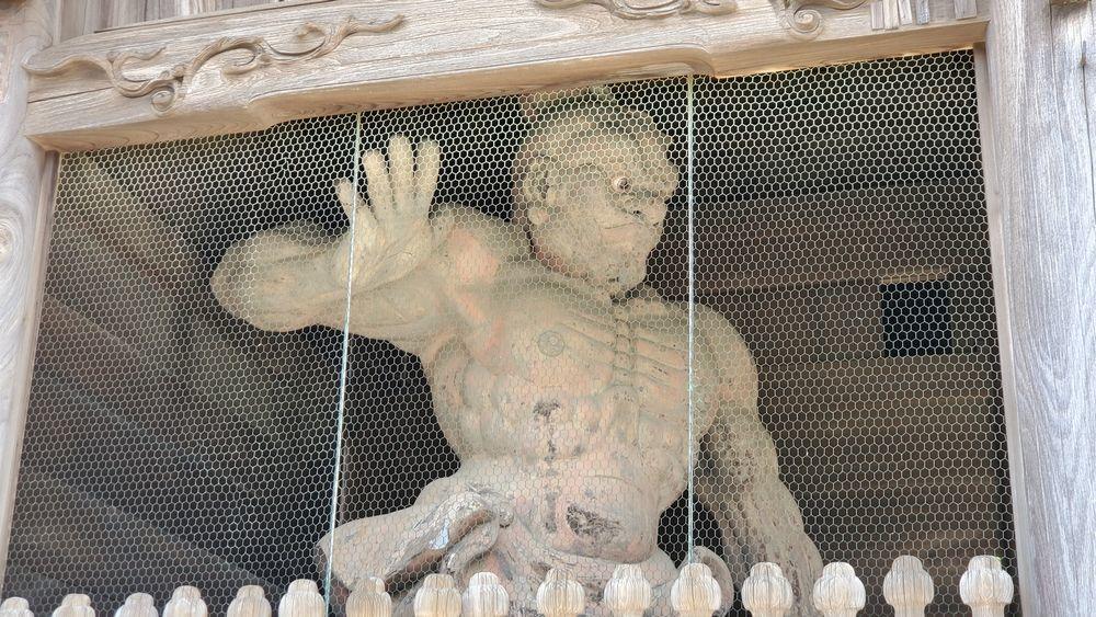 称名寺の金剛力士像