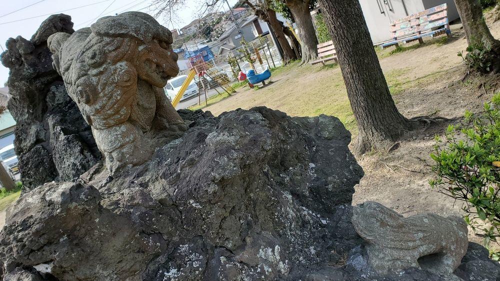 大津諏訪神社の狛犬