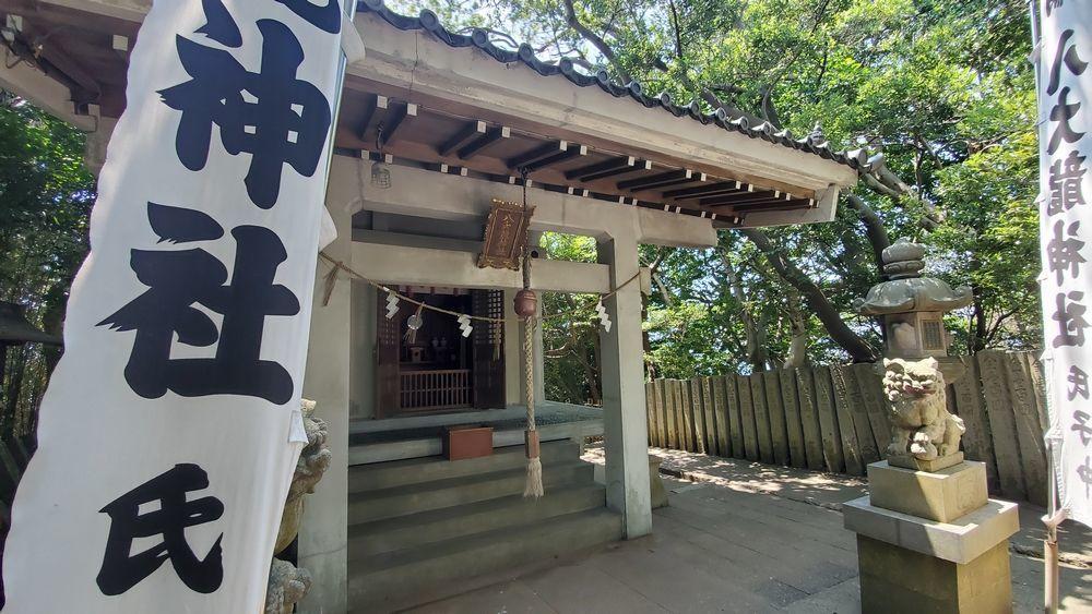 八大龍神社の社殿