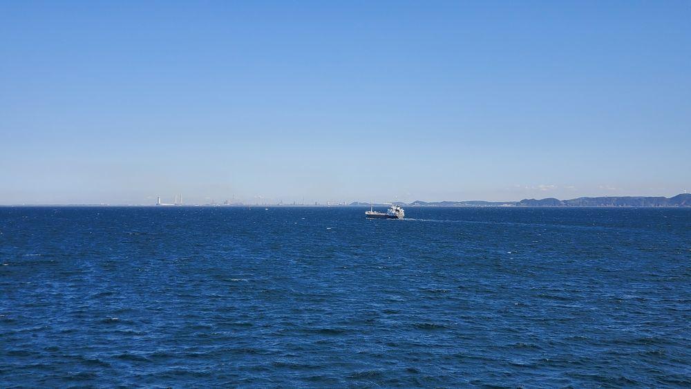 金谷港へ向かう途中の風景