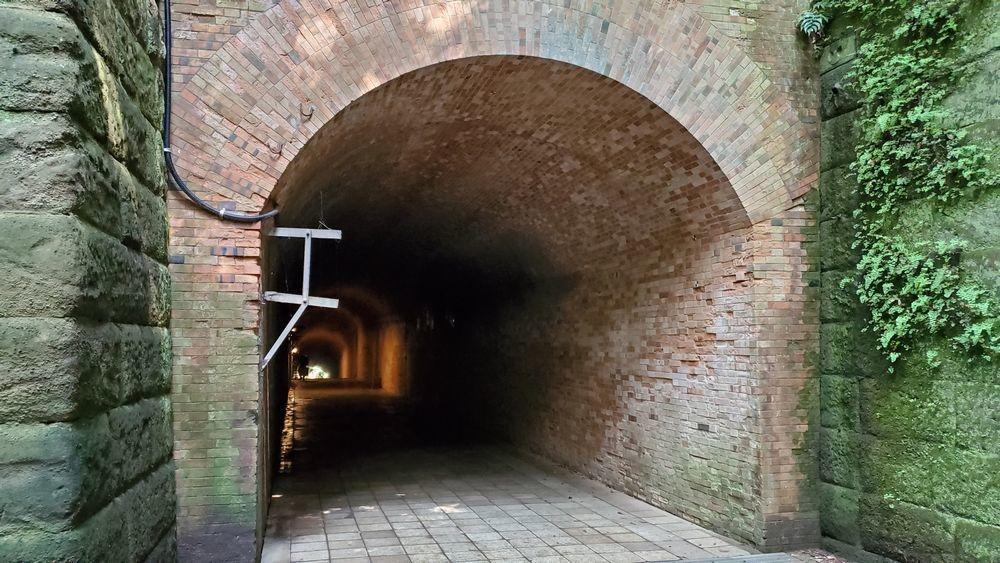 猿島・レンガ造りのトンネル