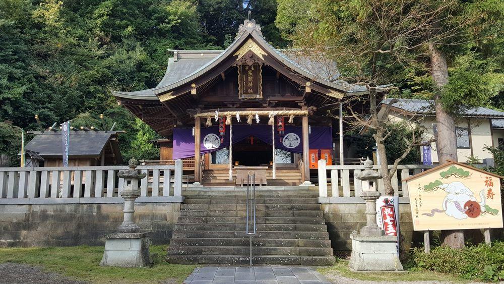 毛谷黒龍神社・拝殿