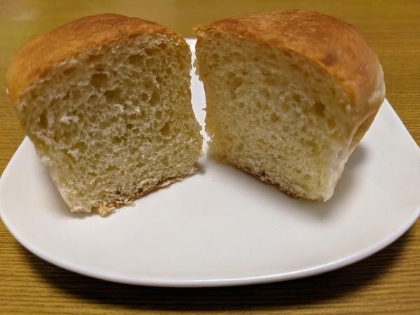 おいもパンの断面
