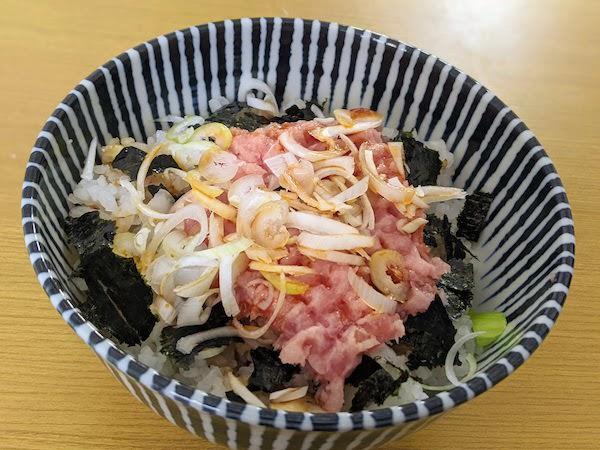 低たんぱく酢飯のネギトロ丼