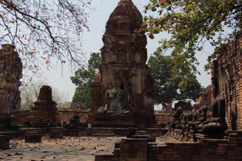 遺跡内の建物