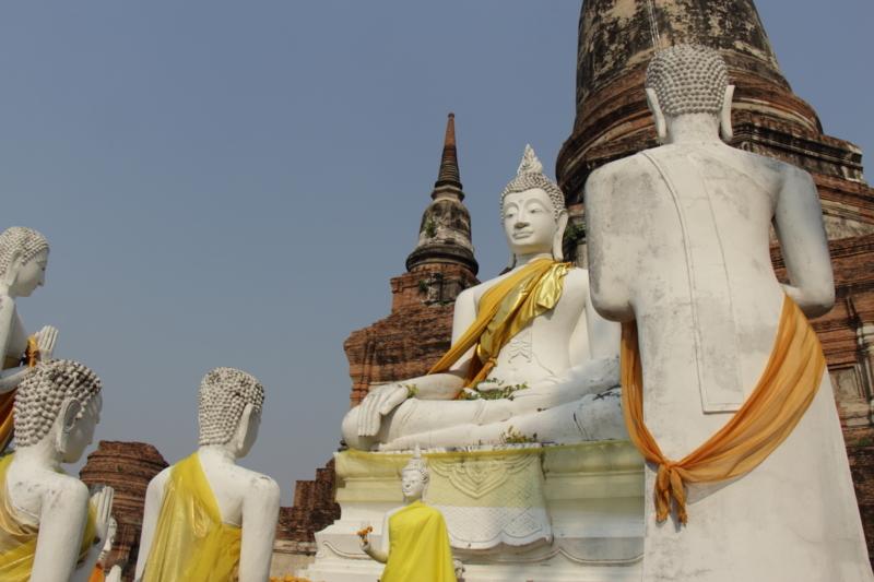 ワット・ヤイ・チャイ・モンコン風景