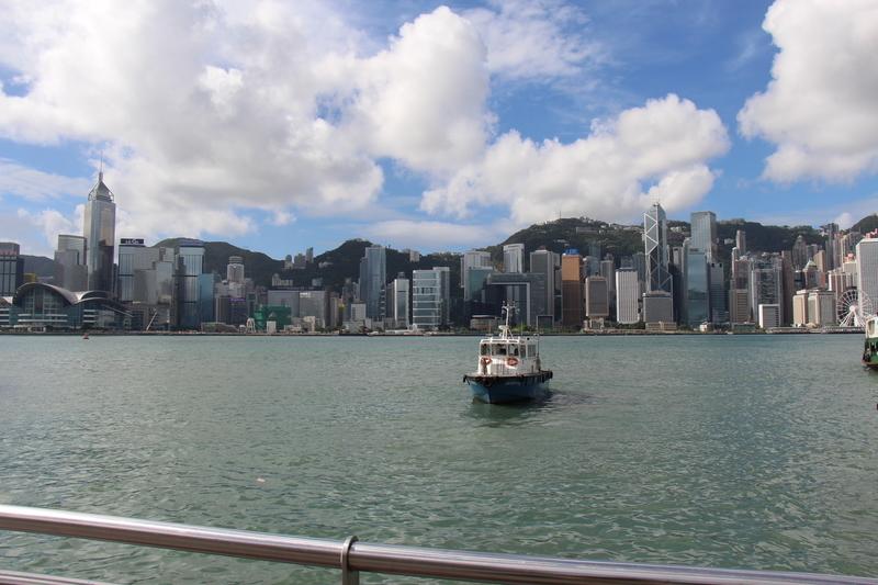 香港の海沿い