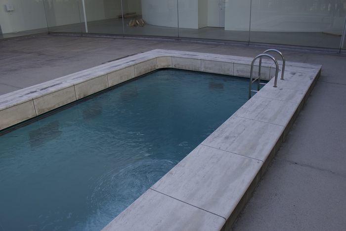 21世期美術館 スイミング・プール