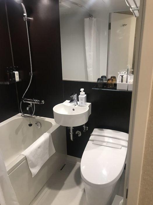 ホテルWBF五条大宮 バスルーム