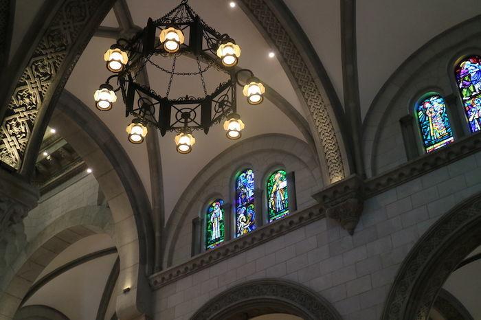マニラ大聖堂 ステンドグラス