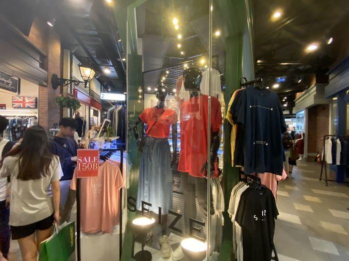 バンコクのターミナル21内の店