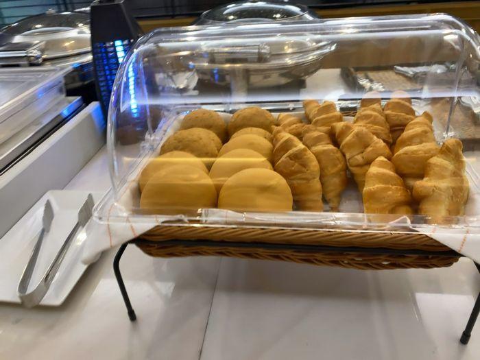 コーラルラウンジご飯の様子 パン
