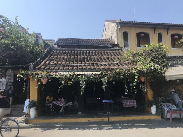 ホイアン飲食店
