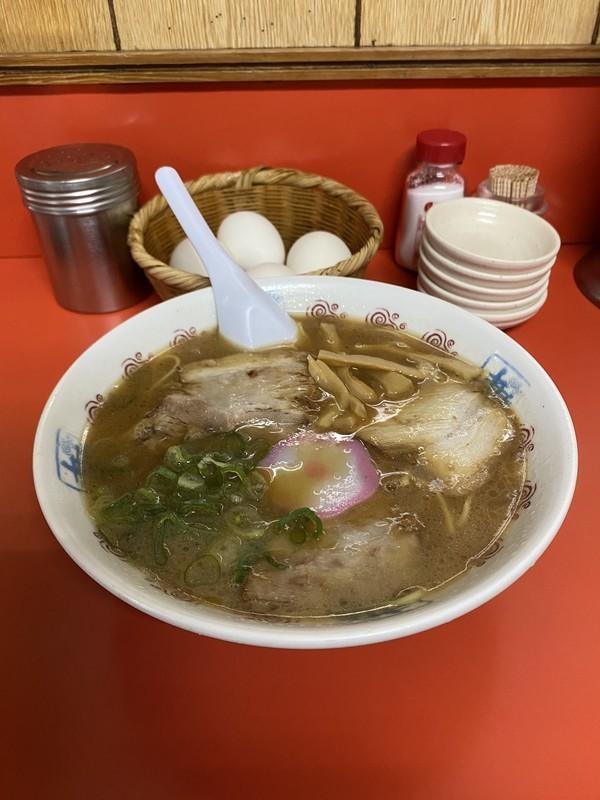 和歌山に来たら絶対に井出商店の中華そば食べて行かないと損