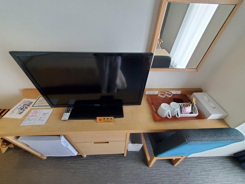 ホテルライジングサン宮古島のダブルルームのお部屋テレビ