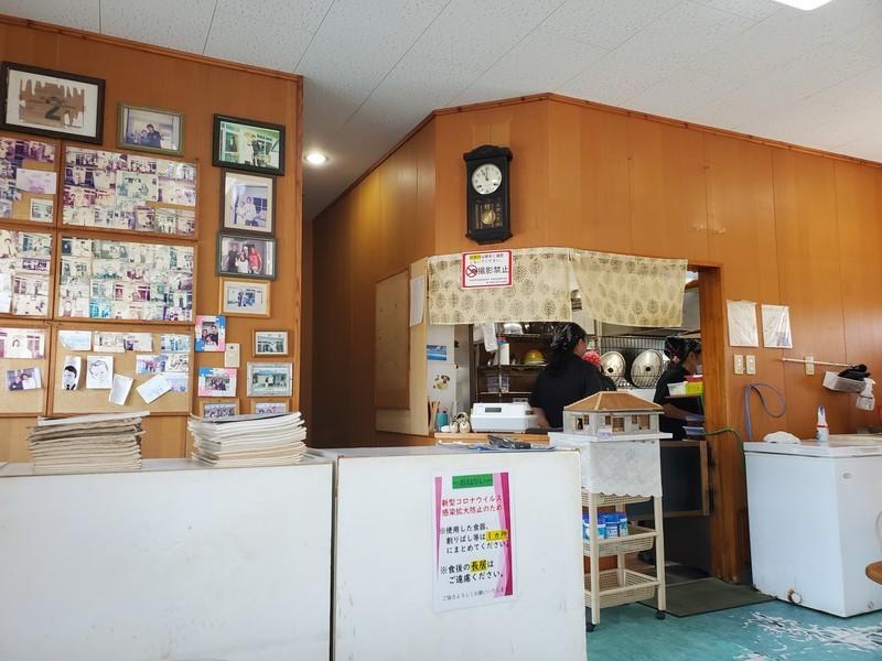 「丸吉食堂」宮古島店内