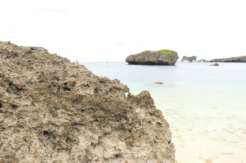 伊良部島にある半円形のビーチ 「カヤッファ 中の島ビーチ」へ
