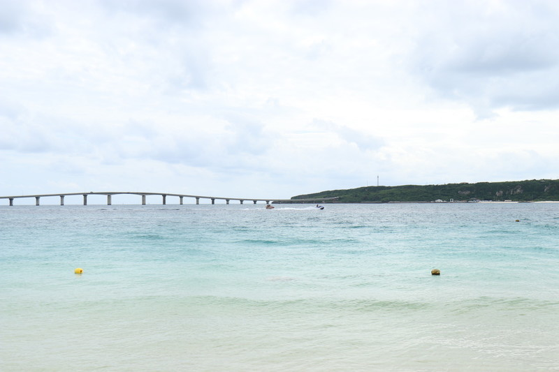 絶景の海を堪能できる与那覇前浜ビーチへ