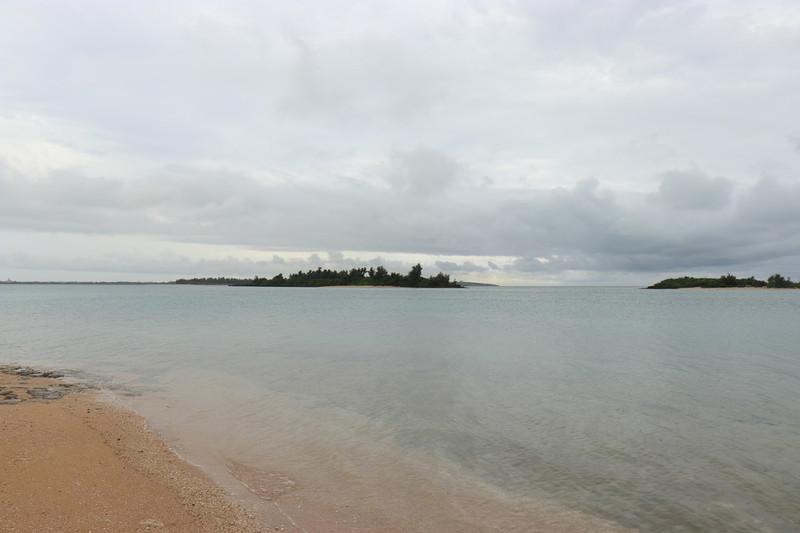 宮古島ホテルLANIKAI TANDI GA TANDI目の前のビーチ