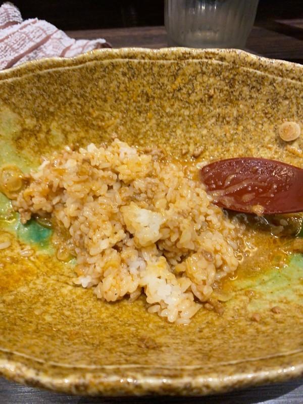 「中華そばくにまつ」汁なし坦々麺とライスを混ぜた
