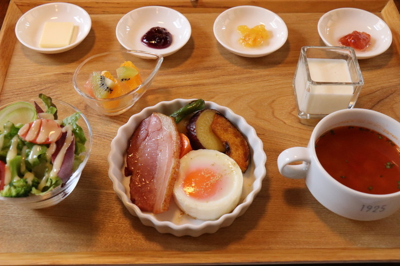オーベルジュ豊岡1925の朝食の料理内容について