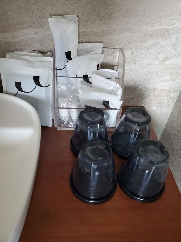レクー沖縄北谷スパ&リゾート プレミア棟のデラックスプレミアムルームのバスルーム・トイレのアメニティについて