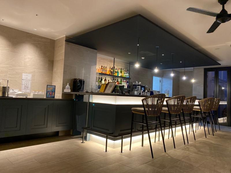 レクー沖縄北谷スパ&リゾートのカフェ&バーについて