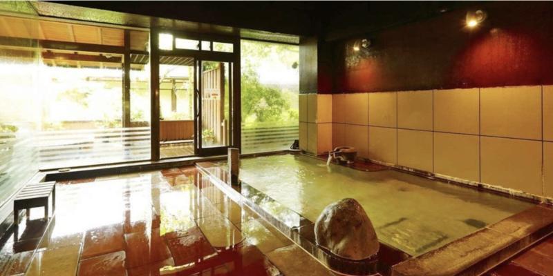 全館畳敷きの宿 楽山やすだの大浴場・貸切露天風呂について