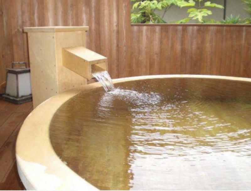 花かげ 桧露天風呂