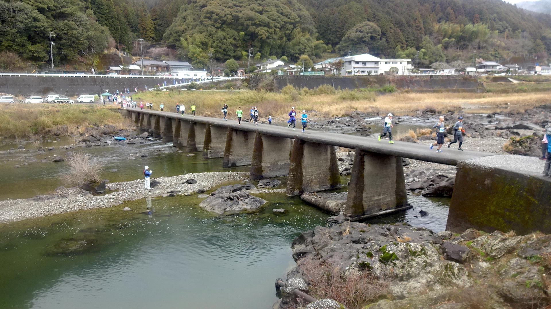 http://cdn-ak.f.st-hatena.com/images/fotolife/s/shioshiohida/20170326/20170326102105_original.jpg