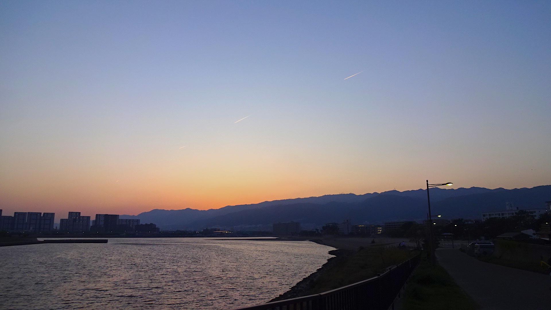 https://cdn-ak.f.st-hatena.com/images/fotolife/s/shioshiohida/20180421/20180421183542_original.jpg