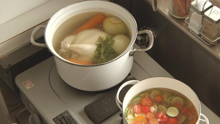 鍋のスープ