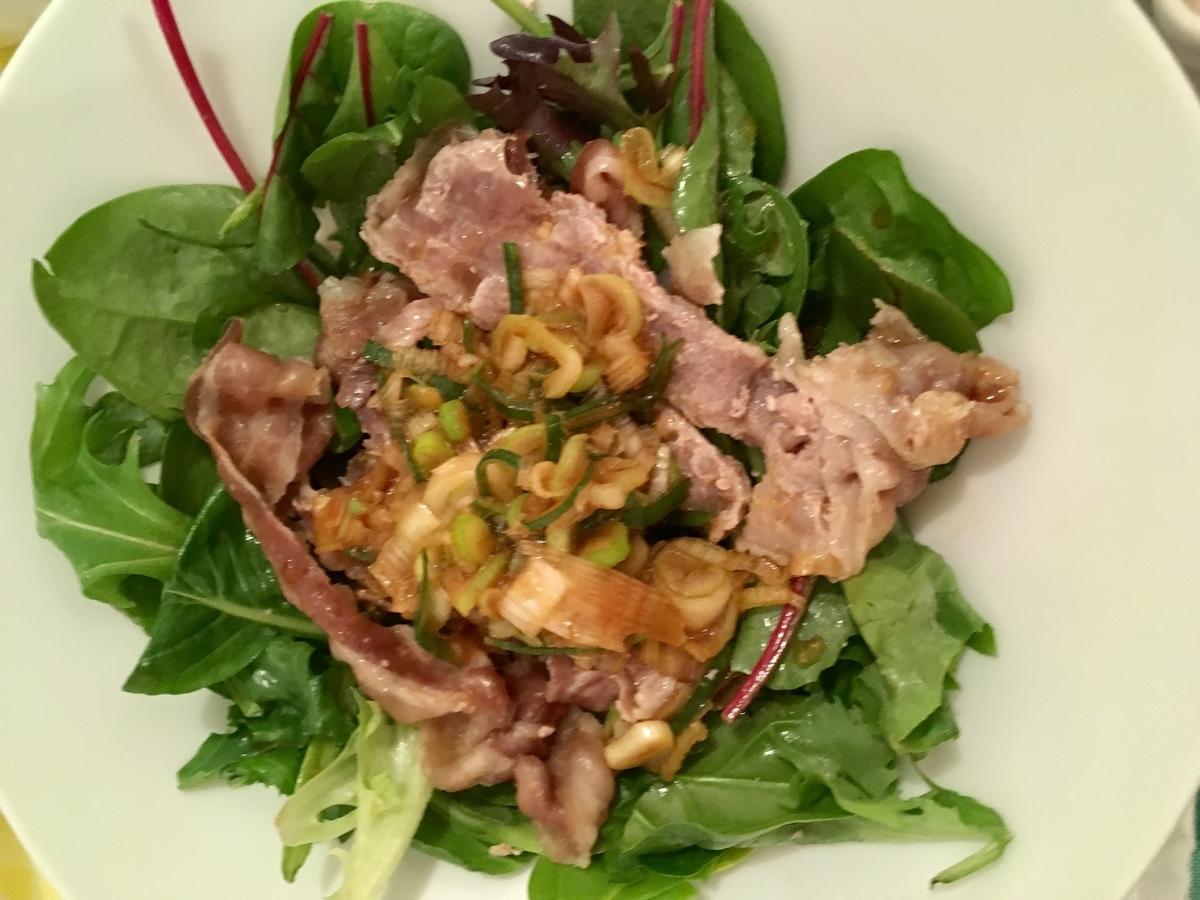 豚肉のネギソースサラダ