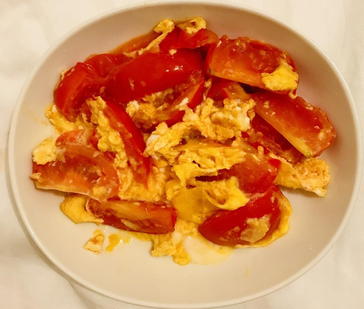 トマトと玉子のガーリック炒め