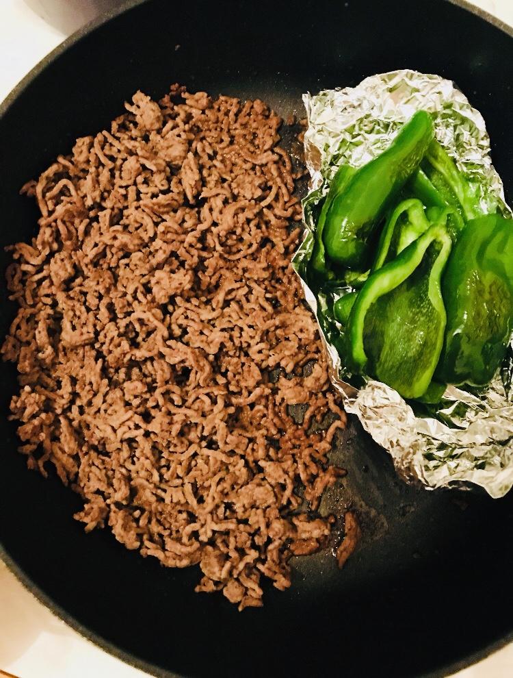 ミンチ肉とフレッシュピーマン