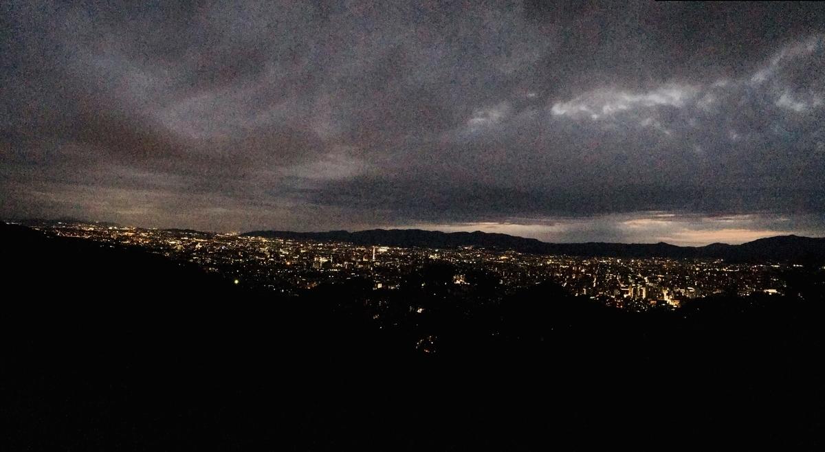 青龍殿, 夜景