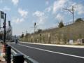 [新広島市民球場]北側の道路 JR山陽本線脇の植栽工事現場