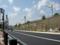 北側の道路 JR山陽本線脇の植栽工事現場