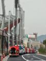 [新広島市民球場]北側で待機している消防・警察の車列